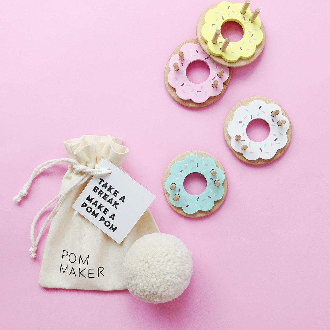 Donut Pom Maker Vanilla Pom Maker